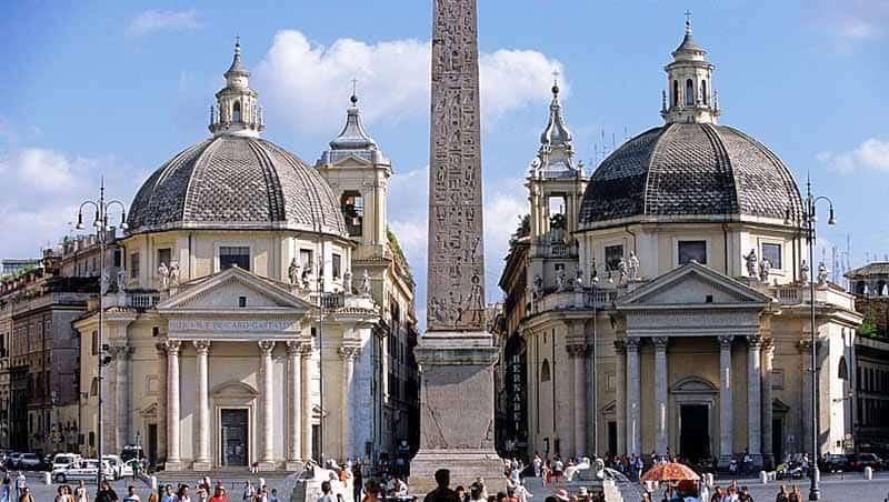 הכנסיות התאומות ברומא - הכנסיות הכי יפות בעיר רומא - Santa Maria in Montesanto , Santa Maria dei Miracoli